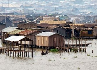 makoko-pemukiman-kumuh-terapung-di-nigeria Copy