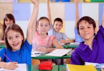anak-belajar-di-kelas Copy