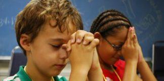 praying at school Copy