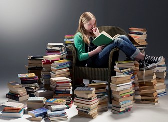 CHILDREN-READING-BOOKS Copy