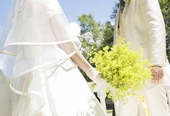 garden wedding bride-and-groom-with-flowers Copy