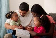 family-pray-home Copy